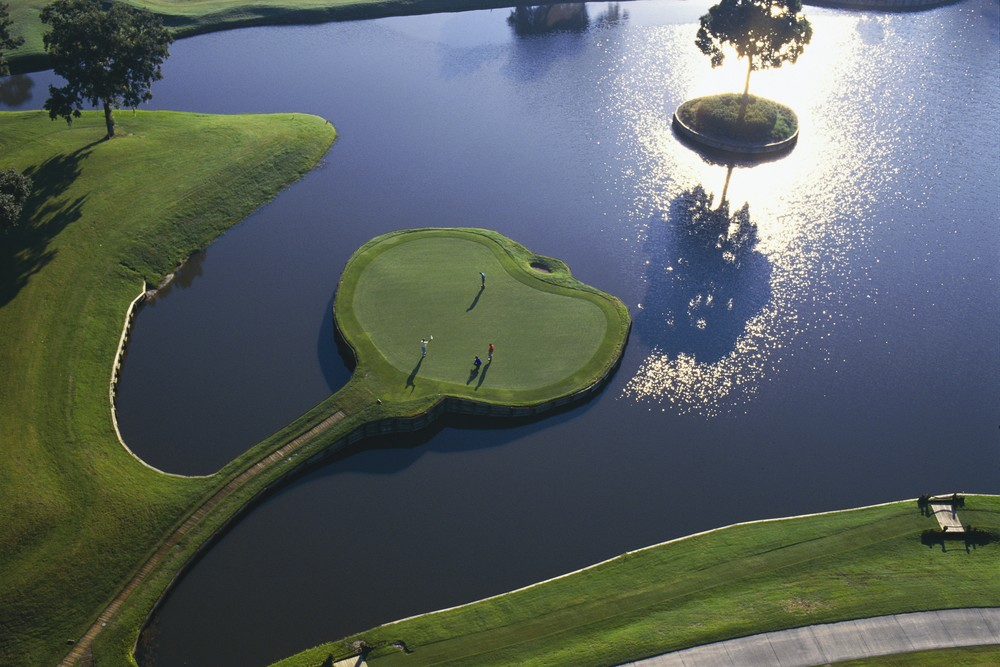 The 17th at TPC Sawgrass (image via theaposition.com)