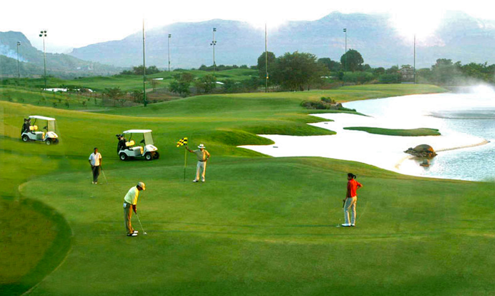 India has a burgeoning interest in golf (image via miceworldindia.com)